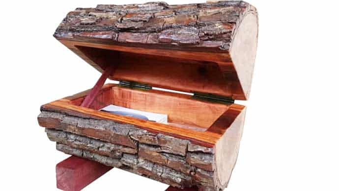 DIY Wood Trunk Chest - Sturdy and Looks Nice!